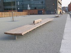 Bank  Erfurt, mit Anti-Skater-Schutz http://www.michow.com
