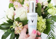 Vichy's Liftactiv Serum 10 Supreme is their best-selling anti-wrinkle face serum, and it's easy to see why people love it. Beauty Advice, Diy Beauty, Beauty Haven, Serum For Dry Skin, Latest Makeup, Beauty Recipe, All Things Beauty