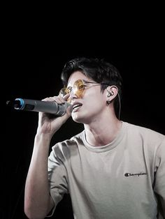 James Sing a song (ctto) James Blue, James 3, Actor James, James Reid Wallpaper, Movie Talk, Nadine Lustre, Jadine, Ideal Man