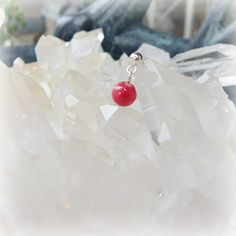 """The manganese spar; rhodochrosite, the pierced earring -  crystal of silver, an angel, and healing one-house house"""" Crystal Garden   Mejiro """""""