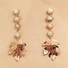 Custom fig leaf earrings for a beautiful bride. 14k rose gold and Australian white opal. #emisformark #weddings #weddingjewelry #rosegold #opal #earrings #figs #figleaf #handmadejewelry #handmade #metalsmith #instasmithy #goldjewelry #lovegold #futureheirlooms #mixedmetals #jewelryoftheday #finejewelry #necklaces #earrings #classic #jewelry #gemstones