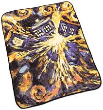 Doctor who fleece blanket. They havr them at hot topic. Want.
