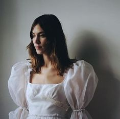 """chungit-up: """"Alexa Chung attends Le Bal Surrealiste Dior during Haute Couture Spring Summer 2018 during Paris Fashion Week Fashion Week, Look Fashion, High Fashion, Fashion Design, Tokyo Fashion, Mode Chic, Mode Style, 80s Style, Mode Halloween"""