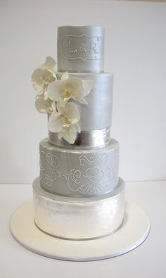 """Faye Cahill Cake Design """"orchid corsage"""""""
