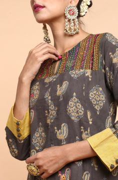 Neck Designs For Suits, Dress Neck Designs, Sleeve Designs, Churidar Designs, Kurta Designs Women, Kurtha Designs, Ethinic Wear, Kurta Neck Design, Kurti Patterns