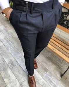 New Pants Shop: www.mensuitspage.com Nigerian Men Fashion, African Men Fashion, African Clothing For Men, Mens Clothing Styles, Mens Fashion Wear, Fashion Pants, Slim Fit Dress Pants, Men Dress, Mens Plaid Pants