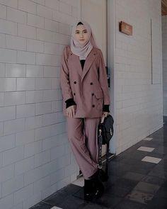 busana muslim kantor