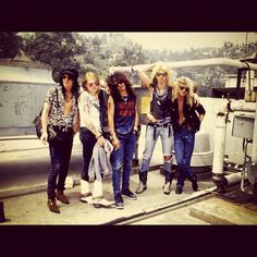 GNR.....finally found the whole pic