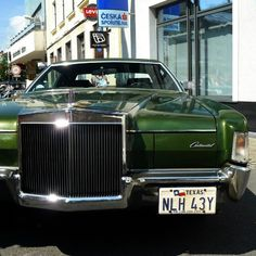 #Lincoln #Continental #car #oldtimer Lincoln Continental, Antique Cars, Antiques, Instagram Posts, Antiquities, Antique, Vintage Cars