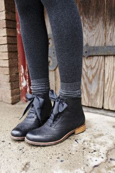 Sebago Claremont Boot...I miss wearing boots! so cute