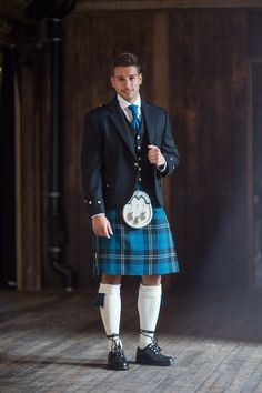 The Traditional Argyll Kilt Outfit is a Highlandwear classic. Hire includes a classic black jacket, kilt, and all essential Highlandwear accessories. Scottish Man, Scottish Kilts, Under The Kilt, Kilt Hire, Feminine Traits, Kilt Jackets, Men In Kilts, Kilt Men, New Wedding Dresses