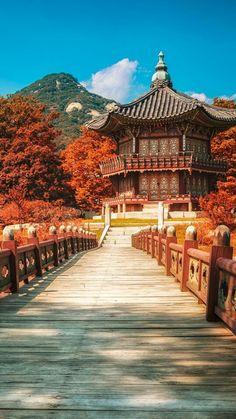 Beautiful Seoul in autumn