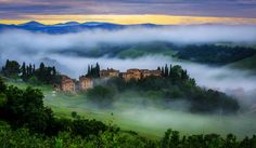 Tuscany Toscana in Italy hd wallpaper Beautiful World, Beautiful Places, Italy Landscape, Nice Landscape, Landscape Wallpaper, Tuscany Italy, Belleza Natural, Photos, Pictures