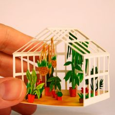 Mar Cerdà's Watercolor Dioramas Resemble Film Stills (brown paper bag) Cute Crafts, Diy And Crafts, Arts And Crafts, Origami, Paper Cutting, Cut Paper, Paper Plants, Ideias Diy, Mini Things