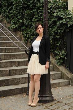 Coco & Vera | Fashion Blog | Women's Guide to Adding Parisian Je Ne Sais Quoi to Everyday Life