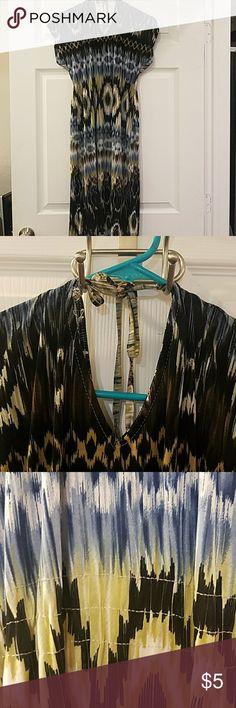 Summer Cool Dress Very flowy summer dress. Very good condition. 95% Polyester 5% spandex IDK Dresses