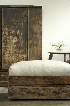 Wabi Sabi - Zen decoration in the bedroom Wabi Sabi, Decor, Interior Design, Furniture, Rustic Furniture, Home, Bedroom, Rustic Decor, Home Decor
