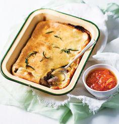Pasta   Kreatiewe Kos Idees Beef Recipes, Baking Recipes, Onion Sauce, Savoury Baking, Baking Pans, Lamb, Pasta, Kos, Cooking