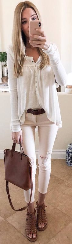 White on white look. Simple and classic for fall