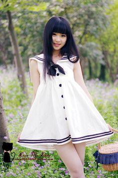 Sleeveless sailor dress, white w/ navy accents