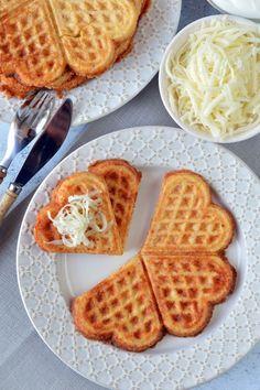 Sonkás-sajtos gofri recept