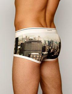 Trunk New York / White