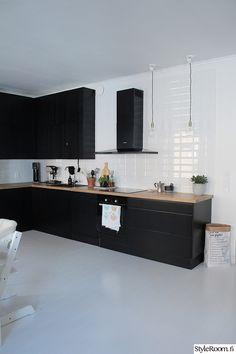 keittiö,musta,keittiön kaapit,avokeittiö,keittiön sisustus