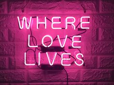 New Where Love Lives Neon Sign Wall Decor Artwork Light Lamp Display Party Pink Neon Lights, Neon Light Signs, Pink Neon Sign, Artwork Lighting, Sign Lighting, Man Cave Neon Sign, Neon Open Sign, Pink Quotes, Neon Quotes