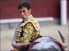 ¡Toda la fuerza a Fernando Cruz, herido hoy de gravedad en Las Ventas!