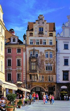 Praga Staroměstské Náměstí (Old Town Square), Prague, Czech Republic Places Around The World, Oh The Places You'll Go, Travel Around The World, Places To Travel, Around The Worlds, Budapest, Most Beautiful Cities, Wonderful Places, Amazing Places