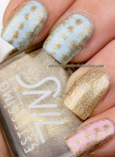 Nail paints / Sparlky golden covered pastel nails, like the design on the blue nails