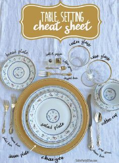 Use this handy Table Setting Cheat Sheet to remind you where everything goes on the table! : Use this handy Table Setting Cheat Sheet to remind you where everything goes on the table! Hosting Thanksgiving, Thanksgiving Table, Christmas Tables, Holiday Tables, Fall Table, Thanksgiving Pictures, Thanksgiving Centerpieces, Decoration Evenementielle, Table Decorations