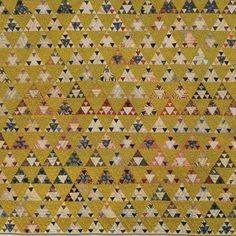 Panama Pyramids  --  Pictured above is an antique quilt owned by Linda Collins of Quilts in the Barn and author of Treasures in the Barn. Hundreds of admirers of this quilt from around the world are taking their turn at building their own pyramids. You can see all the fun they are having on facebook by joining the group: Panama Pyramids Sew-Along 2016. (Note: It's a closed group to keep out spam - please be patience while an admin approves your request to join.)