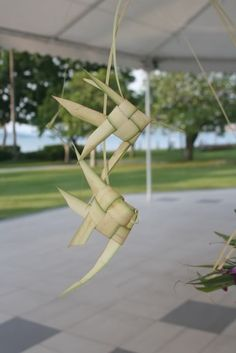 Easy way to folding fish (palm leaves and paper—I used to use ribbon)