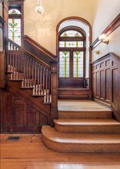 Cheap Home Decorating Ideas Craftsman Interior, Craftsman Style Homes, Craftsman Bungalows, Craftsman Staircase, Craftsman Houses, Victorian Interiors, Victorian Homes, Architecture Details, Interior Architecture
