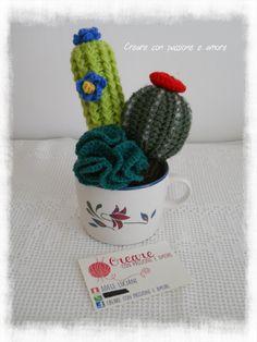 Composizioni di piante grasse ad uncinetto by https://www.facebook.com/CreareconpassioneeamoreCreazioni/ … … … … … … … #crochet #handmade #cactus