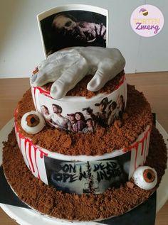 Walking dead cake fondant eye hand zombie birthday Www. Cakes Without Fondant, Cake Fondant, Walking Dead Cake, Zombie Birthday, Ceramics Ideas, Tiramisu, Eye, Ethnic Recipes, Desserts