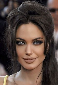 Most Beautiful Faces, Beautiful Celebrities, Beautiful Eyes, Beautiful Pictures, Angelina Jolie Makeup, Angelina Jolie Photos, Beauty Full Girl, Beauty Women, Brunette Beauty