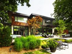 Don Mills Residence by Jillian Aimis, Don Mills, Ontario, Canada