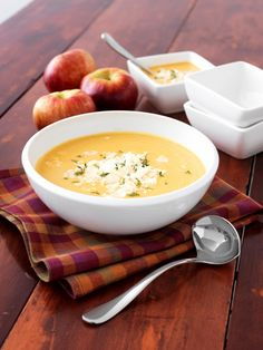 If you're pining for something warm, give this #Ontario Fall Harvest soup a try. Blending in-season pears, apples and potatoes, it's a hearty dish that will leave you with a smile. #loveONTfood