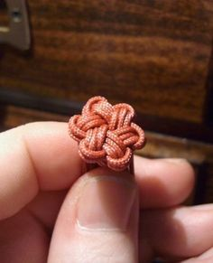 Star knot (the link to the tutorial doesn't work though =/)