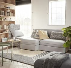 IKEA offers everything from living room furniture to mattresses and bedroom furniture so that you can design your life at home. Check out our furniture and home furnishings! Ikea Sofas, Ikea Rug, Ikea Vallentuna, Interior Ikea, Interior Design, Corner Deco, Ikea Bank, Modul Sofa, Ikea Inspiration