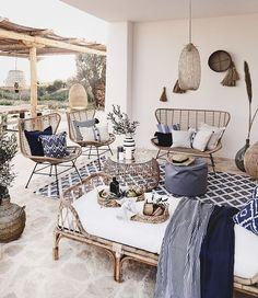 Shop the Look styles to love - This is how the Ibiza Vibes look works: Hello, Ibiza! Bring the relaxed summer atmosphere of our fa - Grey Gardens House, Interior Design Living Room, Living Room Designs, Home Living Room, Living Room Decor, Small Outdoor Spaces, Decoration Inspiration, Interior And Exterior, Outdoor Living