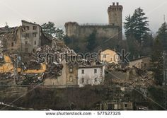 Panoramic view of Arquata del Tronto destroyed by the earthquake of August 24, 2016 #ArquataDelTronto #Marche #Earthquake #CentralItaly #Terremoto #Amatrice #Castle #Medieval #Fortress #AscoliPiceno #Disaster #Emergency #Heart