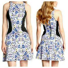 T-Bags Floral Scuba Dress NWT. Zip closure. Can fit XS-S. Super Stretchy. T-Bags Dresses