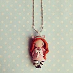 Collier petite fille souris - rousse en rose poudré