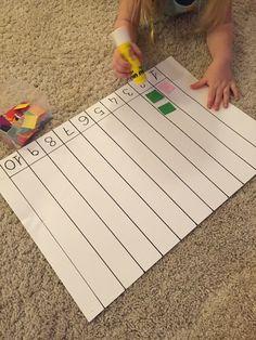 Ecco un attività molto semplice ispirata al libro Elmer per imparare a contare