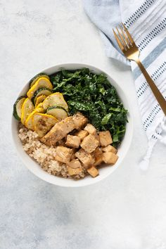 Almond Butter Tofu Bowl with Kale and Summer Squash // GF + V #glutenfree #vegan