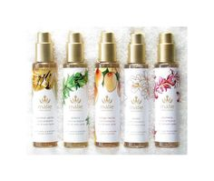Hawaiian luxury spa & beauty brand, Malie offers an extraordinary line of natural & organic products embodying the magnificence of Hawaii & its tropical flora. Juice Packaging, Bottle Packaging, Cosmetic Packaging, Beauty Packaging, Japanese Packaging, Packaging Design Inspiration, Design Packaging, Glass Spray Bottle, Linen Spray