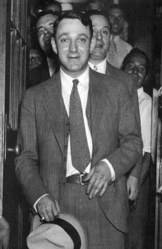 "Dutch Schultz | An ""innocent"" New York mobleader Dutch Schultz"